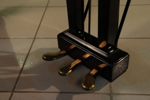 piano-pedals-tim-albano-on-flickr-com